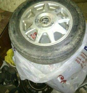 Летние колеса! Диски 114,3*5/ r15, резина D