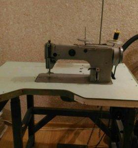 Швейная машинка 1022