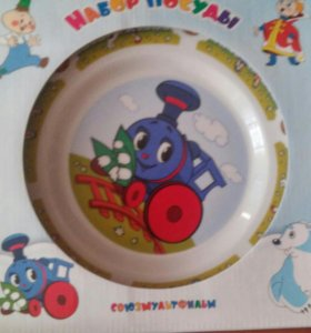 Наборы детской посуды новые