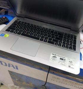 Ноутбук Asus. I3