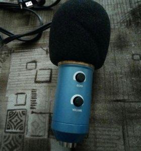 конденсаторный микрофон,для записи вокала дома