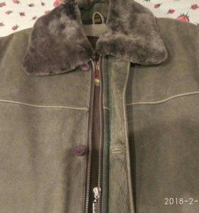 Куртка кожанная с воротником