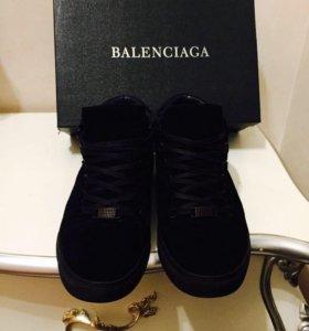 Зимние ботинки BALENCIAGA