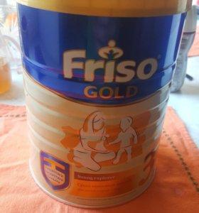 Молочная смесь Friso