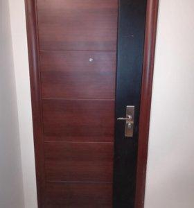 Выходная дверь