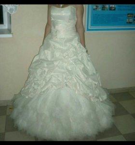 Выпускное и свадебное платье