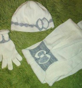 Шапка,шарф,перчатки комплект Польша