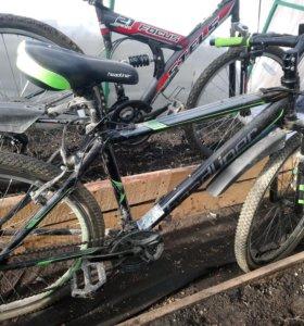 Взрослый горный велосипед зеленый
