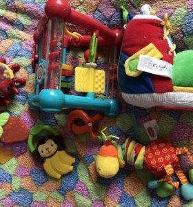 Развивающие игрушки с рождения