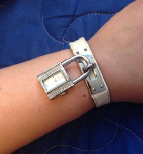 Часы женские Hermes белые
