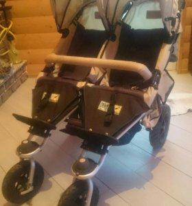 Продам коляску для двойни трансформер
