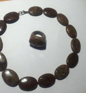 Колье из яшмы(кольцо в подарок)