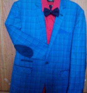 Выпускной пиджак