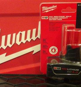 Аккумулятор Milwaukee 48-11-2440 RedLithium XC 4.0