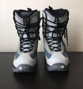 Сноубордические ботинки Killerloop р.36 новые