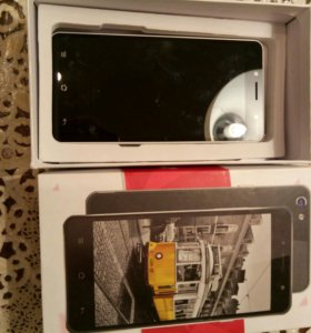 Телефон Jinga hotz m1(требует ремонта или  на з/ч)