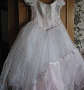Свадебное платье р.54