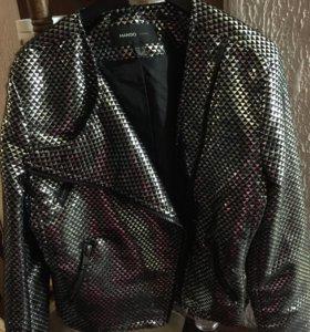 Куртка-косуха фирмы mango