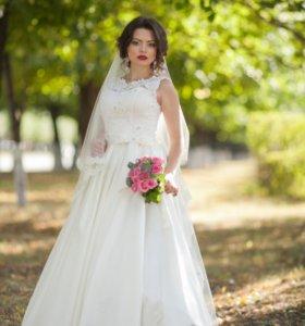 Алтасное свадебное платье айвори 40-42-44 размер.