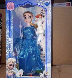 4 куклы в одной коробке