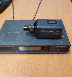 Передатчик Sennheser SKP 100 для шнурового микрофо