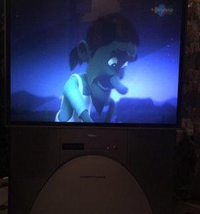 Проекционный телевизор.47 дюймов Тошибо торг