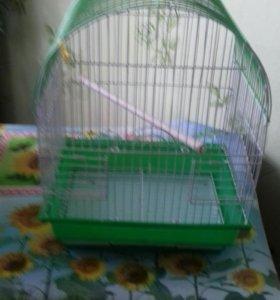 Клетка  для птичек с двумя кормушками