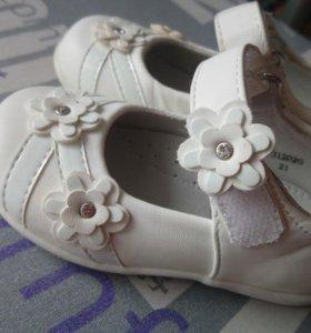 Туфли unichel для девочки