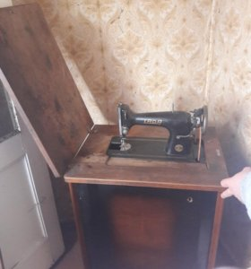 Швейная машина из СССР