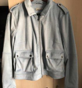 Голубая замшевая куртка (L)