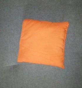 Подушка в коляску