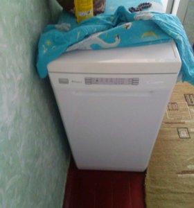 Посудомоющую машину б.у.,недолго