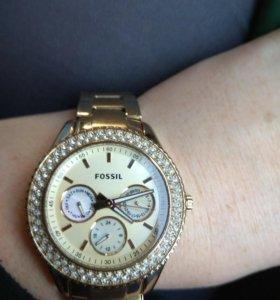 Часы Fosil