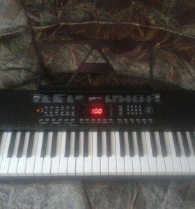 Синтезатор DEK494