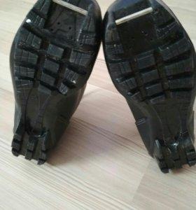 Лыжные ботинки детские 36 р-р