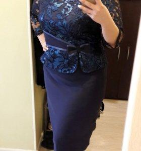 Платье праздничное (новое)