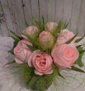 Подарок цветы в коробочке из гофрированной бумаги