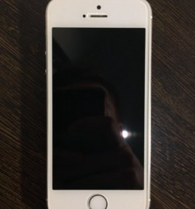Продам iPhone 5s silver 16 gb.