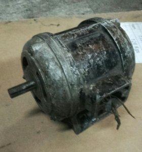 Двигатель 220