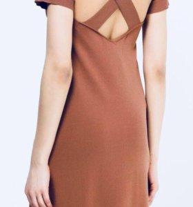 Платье (новое,с бирками)