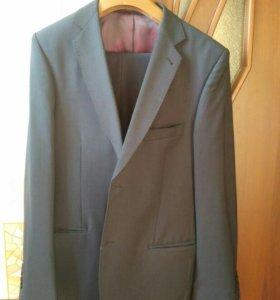Мужской костюм, размер 46-48