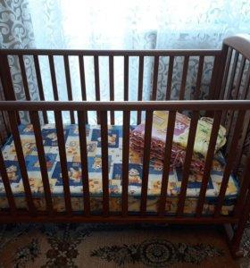 Кровать детская + матрас.