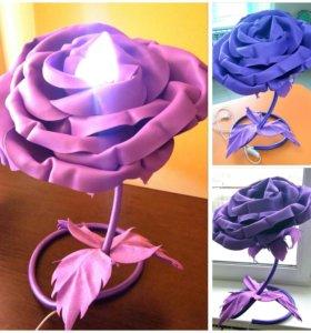 Настольный торшер-роза