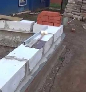 Каменщики (дом,забор)