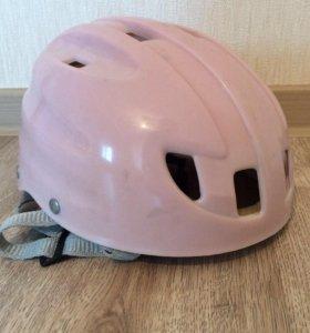 Детский шлем для роликов , велосипедов и тд...