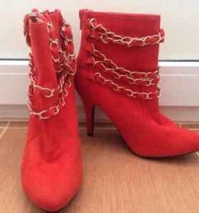 Ботинки женские, 36 р-р, новые.