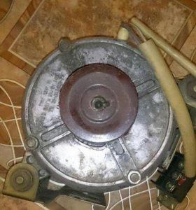 Двигатель от стиральной машинки Чайка