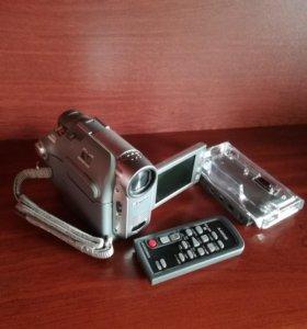 Видеокамера Sony DCR-HC22E