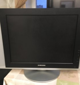 Телевизор жк 21''