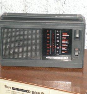 ТРАНЗИСТОРНЫЙ РАДИОПРИЁМНИК АЛЬПИНИСТ-320